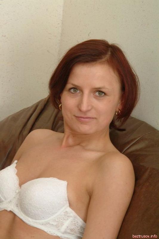 Порно волосатая сука, лесбиянка жестко трахает подругу видео