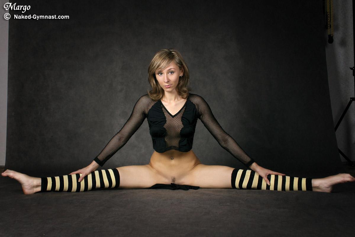 Крупным планом пизда гимнасток — pic 1