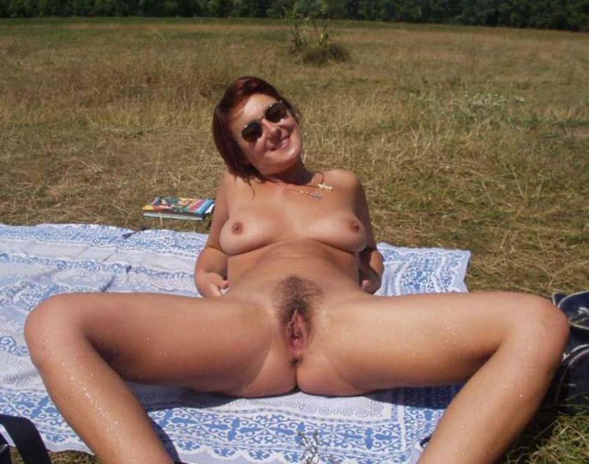 Зрелые женщины нудисты порно фото