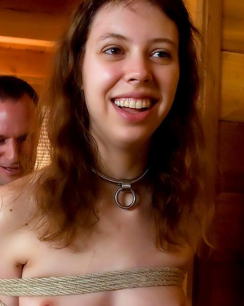 svyazannie-lesbiyanki-konchayut-porno-polnih-zhop-v-tualete