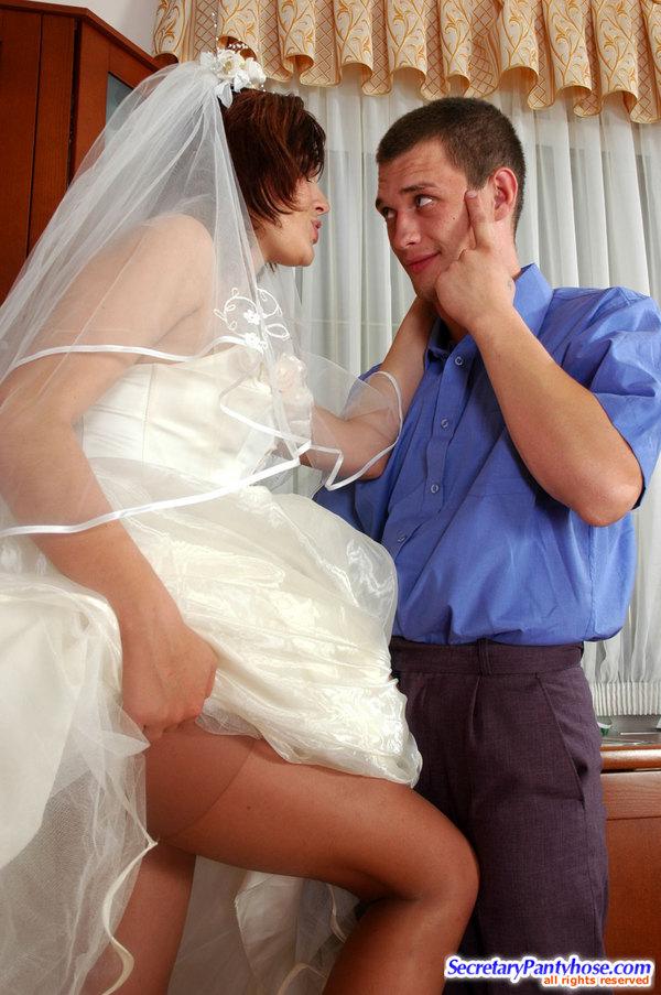 Куни невесте порно, просмотр порно кончил в зад