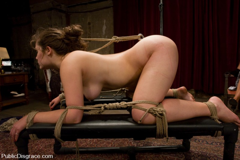 Связанные рабыни порно глупая